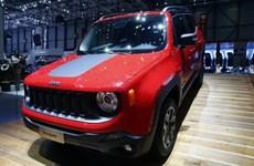 Hãng Fiat Chrysler báo lỗi xe dễ bị hack với hơn 7.800 chiếc SUV