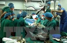 Sức khỏe của hai bệnh nhân được ghép tim, gan tiến triển tốt