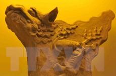 Trưng bày Bộ sưu tập hiện vật Hoàng thành Thăng Long tại TP.HCM