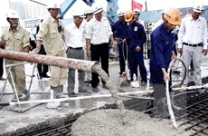 Thành phố Hồ Chí Minh tổ chức hợp long cầu Rạch Chiếc 2
