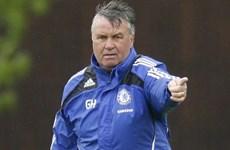 Báo chí Anh: Hiddink sẽ làm huấn luyện viên tạm quyền ở Chelsea