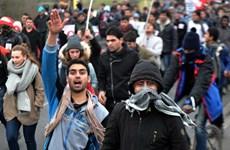 Pháp xét xử nhiều đối tượng di cư gây hỗn loạn tại Calais