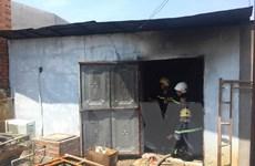 Cháy khu nhà ở công nhân do bất cẩn khi dùng bếp điện nấu ăn