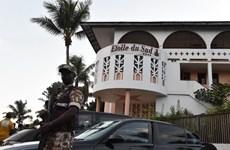 Tấn công khủng bố khách sạn ở Côte d'Ivoire, 16 người thiệt mạng