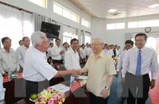 Tổng Bí thư Nguyễn Phú Trọng khảo sát thực tế tại tỉnh Long An