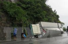 Bắc Kạn: Xe tải chở lợn mất lái làm một người tử vong