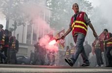 Làn sóng đình công dâng cao ở Pháp cận ngày khai mạc EURO