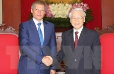 Tổng Bí thư Nguyễn Phú Trọng tiếp Thủ tướng Roman iDacian Ciolos