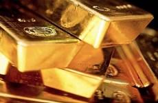 Tình trạng bất ổn trên thị trường tạo sức ép lên giá vàng quốc tế