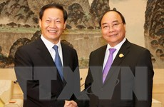 Thủ tướng Nguyễn Xuân Phúc tiếp Bí thư Khu tự trị dân tộc Choang