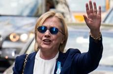 Bà Clinton hủy cuộc vận động ở California do vấn đề sức khỏe