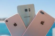 iPhone 7 thách thức Note 7 trong bài thử nhúng nước và thả rơi