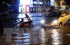 Thành phố Hồ Chí Minh tiếp tục mưa lớn, gây nhiều sự cố