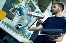 Doanh nghiệp Việt Nam sắp được tiếp cận robot công nghiệp hiện đại