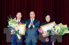 Thủ tướng Nguyễn Xuân Phúc tri ân các thầy giáo, cô giáo cả nước