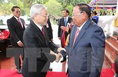 Báo chí Lào đưa tin đậm nét về chuyến thăm của Tổng Bí thư