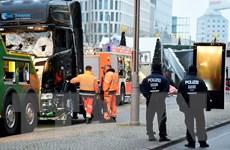 """Bà Merkel xác định vụ đâm xe tải ở Berlin là """"hành động khủng bố"""""""