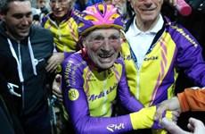Cụ ông 105 tuổi người Pháp phá kỷ lục thế giới về đạp xe