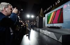 "CES 2017: LG ra mắt mẫu tivi OLED ""siêu nét, siêu mỏng"""