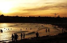 Nắng nóng bất thường ở Australia với nhiệt độ lên tới gần 50 độ C
