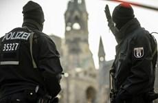 Bà Merkel cam kết tăng cường an ninh sau vụ đâm xe tải ở Berlin
