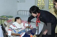 Phu nhân Thủ tướng Nhật Bản Abe xúc động thăm trẻ khuyết tật