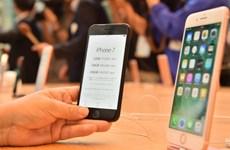 iPhone đạt doanh số kỷ lục, Apple vượt Samsung thành số 1 thế giới