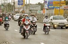 Giao thông ở TPHCM đông đúc trở lại sau Tết nhưng không quá ùn tắc