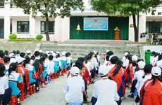 Bộ trưởng Giáo dục biểu dương cô giáo hiến máu cứu trò ngã từ tầng 4