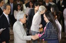 Nhật hoàng cùng cựu du học sinh chia sẻ về tình hữu nghị Việt-Nhật