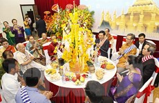 Đại sứ quán Lào tổ chức đón Tết cổ truyền Bun Pi May tại Hà Nội