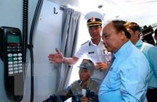Thủ tướng thăm, kiểm tra Lữ đoàn Tên lửa bờ của Vùng 2 Hải quân