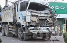 Tai nạn xe tải liên hoàn làm 5 người bị thương nặng ở Đồng Nai