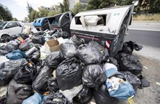 Thiếu tiền xây bãi rác, thủ đô của Italy ngập ngụa trong rác thải