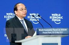 Thủ tướng bắt đầu tham dự Diễn đàn Kinh tế thế giới về ASEAN năm 2017