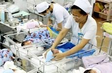 Số sinh và tỷ lệ sinh con thứ ba ở thủ đô Hà Nội tăng cao