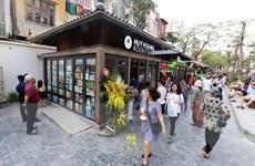 Phố sách Hà Nội thu hút gần 20.000 lượt khách tham quan