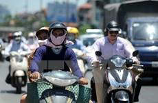 Nắng nóng gay gắt phủ khắp các tỉnh Bắc Bộ và Trung Bộ