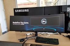 """Choáng ngợp với mẫu màn hình cong """"siêu rộng"""" mới của Samsung"""