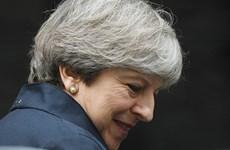 Thủ tướng Anh Theresa May vượt qua cuộc bỏ phiếu tín nhiệm