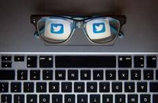 Dù Tổng thống Trump tích cực tweet, cổ phiếu Twitter vẫn lao dốc