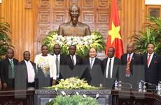 Thủ tướng Chính phủ Nguyễn Xuân Phúc tiếp Đoàn Bộ trưởng Tazania