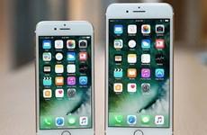 """Apple bị Samsung """"soán"""" ngôi đầu thị phần điện thoại thông minh ở Mỹ"""