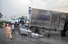TP Hồ Chí Minh: Tai nạn liên hoàn, nhiều phương tiện hư hỏng nặng