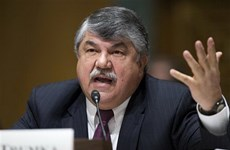 Chủ tịch công đoàn hàng đầu Mỹ rút khỏi hội đồng của Tổng thống Trump