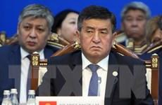 Thủ tướng Kyrgyzstan Sooronbay Jeenbekov từ chức để ứng cử tổng thống