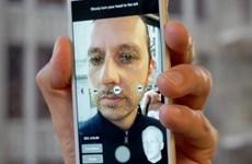 """iPhone 8 có thể nhận dạng khuôn mặt trong """"một phần triệu giây"""""""