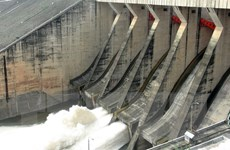 17 giờ ngày 4/9, mở một cửa xả đáy của nhà máy thủy điện Hòa Bình