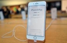 Apple cương quyết nói không với yêu cầu kích hoạt radio trong iPhone