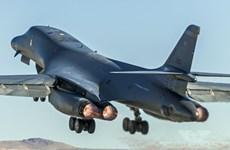 Hai máy bay ném bom Mỹ tập trận gần bán đảo Triều Tiên
